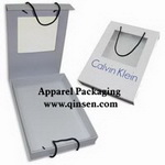 Gift Box PX000264<br>Item:<strong>Luxury Gift Box with window and rope handle</strong><br>