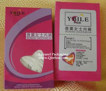 Paper Box with heart window for Packaging Woman Underwear